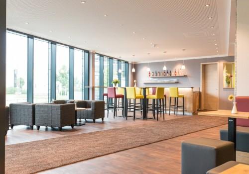 hotel-bar-lounge-inning